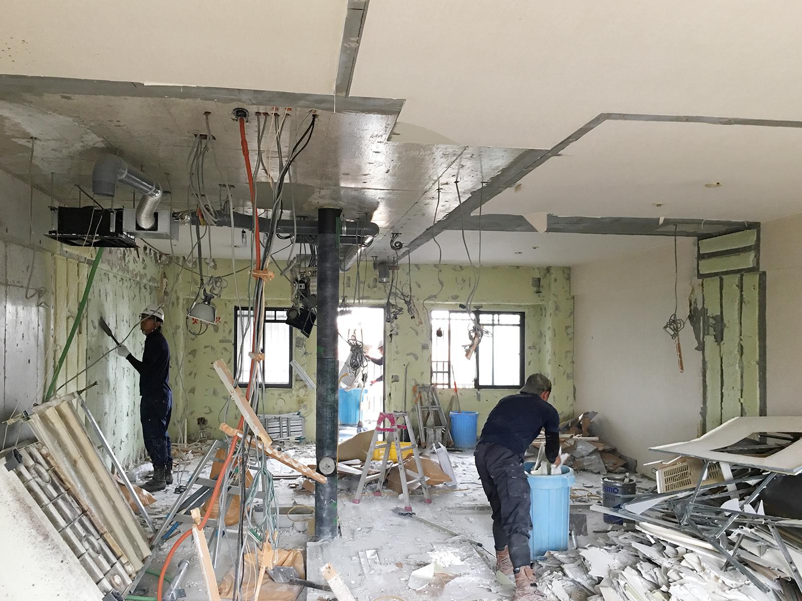 なかもずのマンションフルリノベーション、解体工事